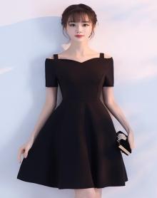2018夏秋短款修身小礼服女公主裙 黑色一字肩连衣裙潮年会晚礼服