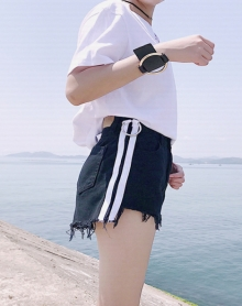 夏季新款不规侧边白条圆环短裤韩版高腰显瘦毛边牛仔热裤女